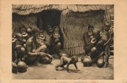 H2 - Afrique Equatoriale Française - TCHAD - Oubangui - Cases De Femmes à Plateaux - Tchad