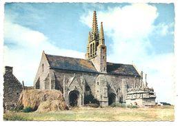 TRONOËN - Chapelle (1470) Et Calvaire - MX 1371 - (JOS, Le Doaré, Châteaulin) (Meules De Foin Et Fourches) - Saint-Jean-Trolimon