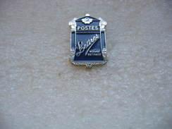 """Pin's D'une Boite à Lettres De 1900 Dite """"la Mougeotte"""" Concédée Aux Particuliers - Mail Services"""