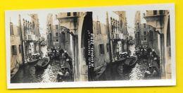 Vues Stéréo VENISE Encombrement De Gondoles Italie - Stereoscopic