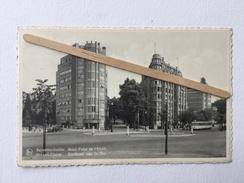 BRUXELLES - IXELLES «Rond-Point De L'Etoile « Immeubles Art Déco Année 50/60 ,Tram ,ancien Véhicules (NELS) Nº 84. - Elsene - Ixelles