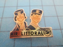 Pin610c Pin's Pins : BEAU ET RARE : HOTESSE COMPAGNIE AERIENNE AIR LITTORAL Qui Filait Des Billets Gratuits CHIRAC Le Vo - Airplanes