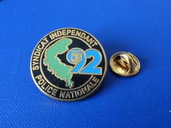 Pin's Police Nationale - Syndicat Indépendant - 92 Hauts De Seine - Zamac Boussemart (KB10) - Police