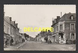 DF / 72 SARTHE / BESSE-SUR-BRAYE / AVENUE DE LA GARE / HÔTEL ET CAFÉ DE LA GARE / CIRCULÉE EN 1965 - France