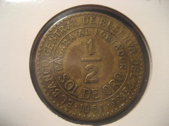 1/2 Sol De Oro 1961 PERU Coin - Pérou