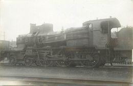LOCOMOTIVE N° 230-A-304 (carte Photo). - Trains