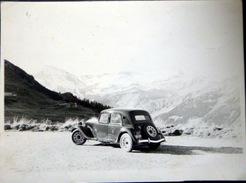 AUTOMOBILES VINTAGE  1950 TRACTION CITROEN  ET VOITURE A IDENTIFIER 23X 17 ET 9 X 9 CM - Automobiles