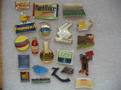 Lot N°5 De 20 Pin's Médicaux, Entreprises, Médicaments, Formules Ect.... - Medical