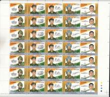 India  2000  PVC Awardees  5v  Se-tenent  Full Sheet   # 05598  DSL  Inde Indien - Blocks & Sheetlets