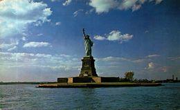 NEW YORK CITY - Statue Of Liberty - Statue De La Liberté