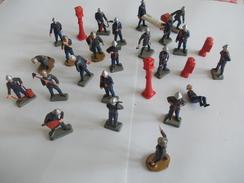 Lot De Figurines Pompiers - Small Figures