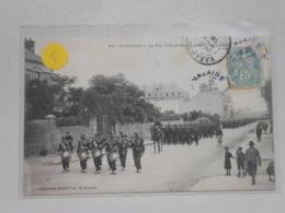 SAINT NAZAIRE - RUE VILLE ES MARTIN 64 EME REGIMENT DEFILE - Saint Nazaire