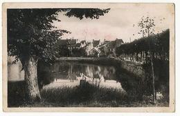 18 Sully Sur Loire Les Fosses Du Chateau  Timbrée 1952 - Sully Sur Loire