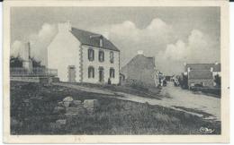 CPA ST PHILIBERT (56) LE BOURG MONUMENT AUX MORTS DE LA GRANDE GUERRE Port 0,75 N15 - France