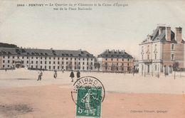 Pontivy - Le Quartier Du 2e Chasseurs Et La Caisse D'Epargne Vus De La Place Nationale - Pontivy