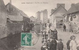 Pontivy - La Rue Des Moulins - Pontivy
