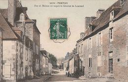 Pontivy - Rue Et Maison Où Naquit Le Général De Lourmel - Pontivy