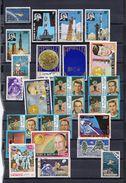 Collection Espace : 216 Timbres Et Feuillets - Espace