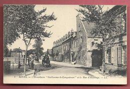 """Dives - L'Hostellerie """" Guillaume-le-Conquérant Et La Rue D'Hastings - Dives"""