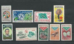 HAUTE-VOLTA Scott 90, 95, 106, 127, 141-3, 144, C22 Yvert 91, 96, 107, 129, 143-5, 146, PA22 (9) ** Cote 9,50$ 1959-65 - Haute-Volta (1958-1984)