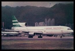 AIRPLANES - MODERN ERA - «CATHAY PACIFIC»LOCKEED TRISTAR 1. Carte Postale - 1946-....: Moderne