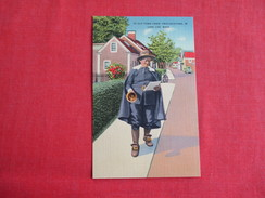 - Ye Old Town Crier Provincetown  Massachusetts > Cape Cod   Ref 2787 - Cape Cod