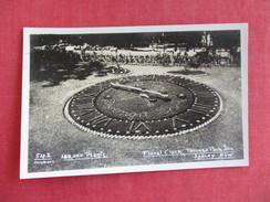 RPPC  Floral Clock Taronga Park Zoo New South Wales (NSW) > Sydney===== Ref 2787 - Sydney