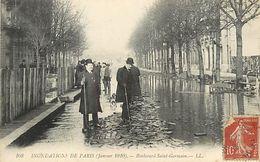 Réf : A-18 Pie Tre-1247 : PARIS. INONDATIONS. BOULEVARD SAINT GERMAIN - Inondations De 1910
