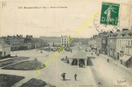 76.  BACQUEVILLE .  Place Du Marché . - France