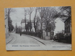 SEVRES  -- Rue Brancas , Avenue Lucie - Petite ANIMATION - Sevres