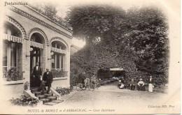 77 FONTAINEBLEAU  Hôtel De Moret Et D'Armagnac   Cour Intérieure - Fontainebleau