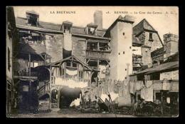 35 - RENNES - LA COUR DES CARMES - Rennes