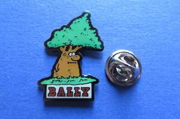 Pin's, Firme, BALLY, Soulier, Arbre, Baum - Trademarks