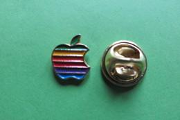 Pin's, Informatique, Informatik, APPLE, Pomme, Logo - Trademarks