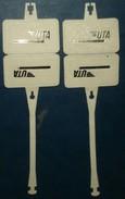 U.T.A. 2 Etiquettes à Bagage En Matiere Plastique,1 Neuve,1 écrite - Étiquettes à Bagages