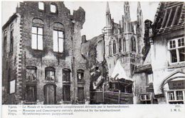 YPRES - Le Musée Et La Conciergerie Complètement Détruitss Par Le Bombardement  (101336) - Guerre 1914-18