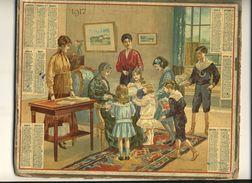 (CALENDRIER) ALMANACH 1917 Des Postes Et Telegraphes(  La Fete A Grand Mere) Chromo (double) - Calendars