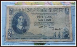 South African Bank Note, R2, Signed By Dr G Rissik, From The 1962 Series, Not A Common Note. - Afrique Du Sud