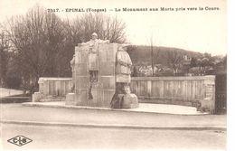 (88) Vosges - CPA - Epinal - Le Monument Aux Morts Pris Vers Le Cours - Epinal