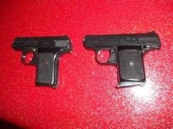 Lot De 2 Pistolet D'alarme - Sammlerwaffen