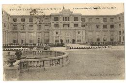 76-38 -Les Terrasses Près Le Tréport - Trianon-Hôtel, Façade Sur La Mer - Le Treport