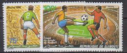 DJIBOUTI       1986         PA       N .  224 / 225        COTE     3 . 65      EUROS        ( S 292 ) - Djibouti (1977-...)