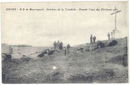 Cpa Orgon - N.D. De Beauregard - Intérieur De La Citadelle - Grande Croix Des Pénitents Gris - France