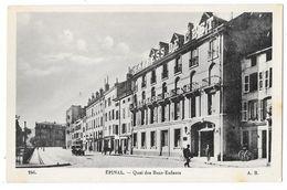 """Cpa: 88 EPINAL - Quai Des Bons Enfants (animé, Voiture, Journal """"L'Express De L'Est"""") N° 246 - Epinal"""