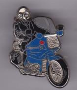 Pin's MOTARD GENDARMERIE SIGNE BALLARD - Police