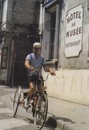 (32)   André Dilinger - 320 000 Kms Représentant 8 Fois Le Tour De La Terre - Lesparre Medoc