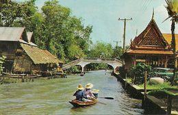 Thailandia (Thailand) A Bridge Crossing A Khlong (Canal) At Thonburi (now A Part Of Greater Bangkok) - Tailandia