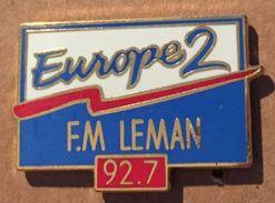 RADIO EUROPE 2 FM LEMAN - 92.7  -     (19) - Medias