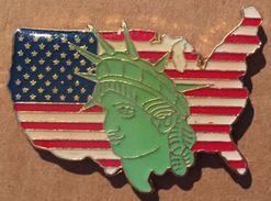 STATUE DE LA LIBERTY - USA - AMERIQUE - ETATS-UNIS - CARTE - DRAPEAU US - US FLAG   -        (19) - Celebrities