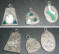 Rare Lot De 3 Pendentifs Médailles En Métal Gravé Incrusté, Celte Celtique, Serpent - Ethniques